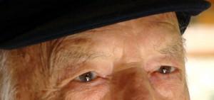 1179695_73894999 idoso olhos