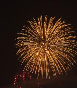 1415741_64633082 - fogos de artifício
