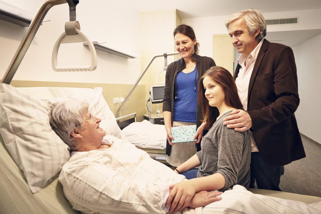 Hospital visiting family